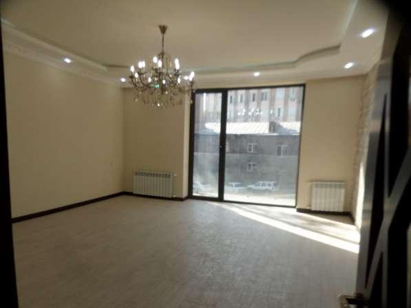 В центре Еревана, недалеко от университета, 3 комнаты в фото 18