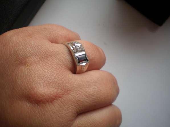 Авторский серебряный мужской перстень с натуральным гранатом