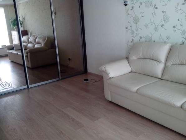 Продаю 1 комнатную Стахановская 16