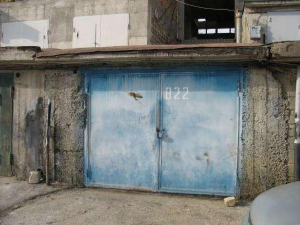 Каменный гараж