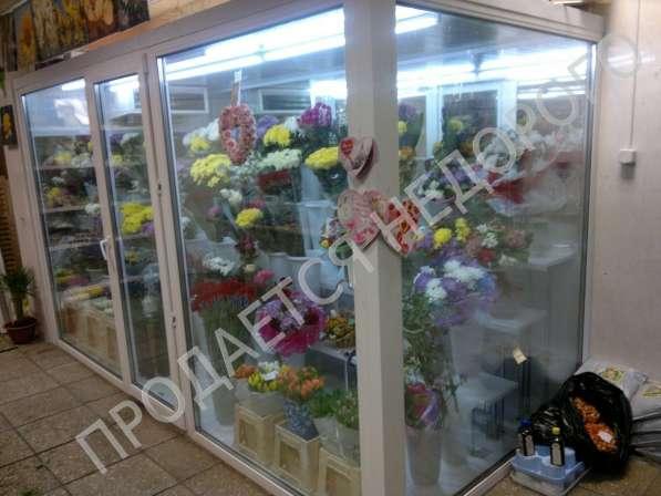 Продам холодильник для цветов