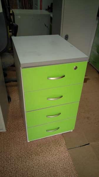 Офисная мебель бу. Заходите на сайт, выбирайте