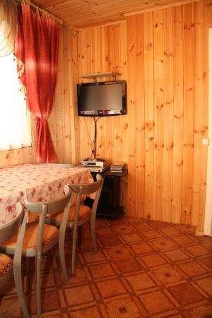 Домик в пригороде для отдыха, баня, беседка. 15 мин от Минска