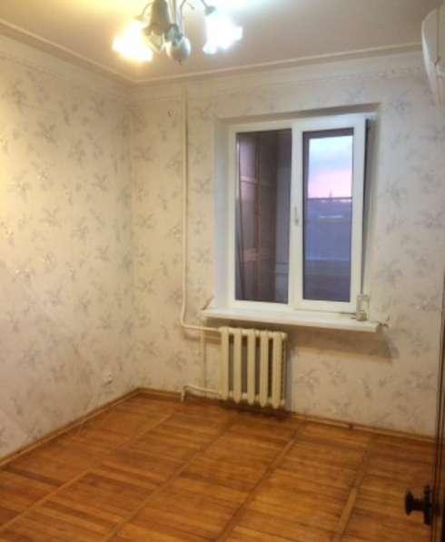 В Кропоткине по ул. Двойной 4-комнатная квартира 79 кв м 3/5