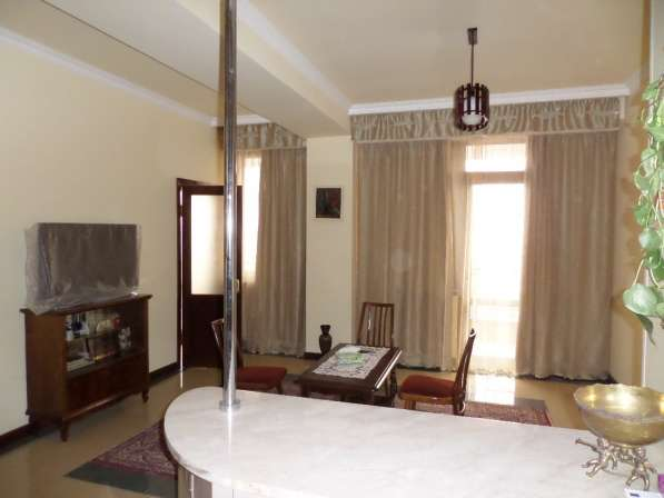 Уютная светлая квартира В Ереване;Новостройка,2 комнатная в фото 9