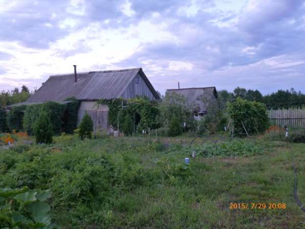 Продам участок 12 сот. с домом и баней в с. Старая Яксарка
