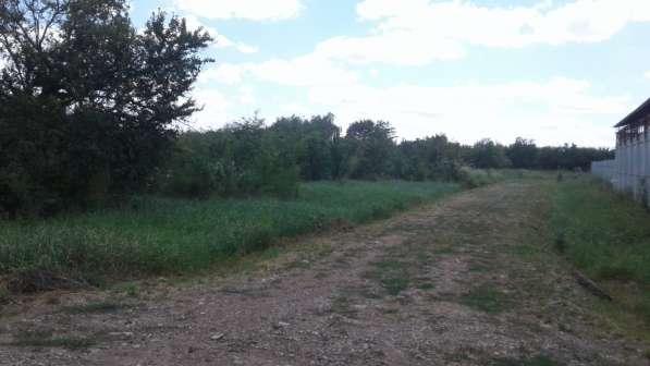 Земельный участок 15 сот в ст. Северская с коммуникациями