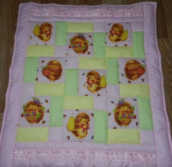Предложение: Детское лоскутное одеяло в кроватку