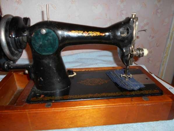 Продам раритетные швейные машинки (см. фото) Все исправны в Тобольске