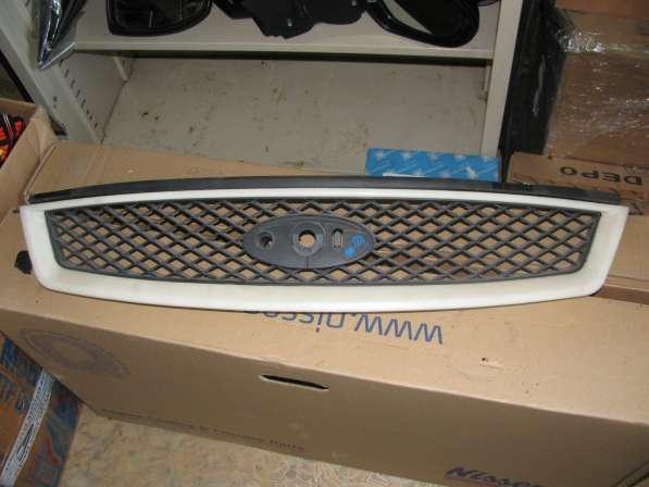 Решетка радиатора Ford Focus 2