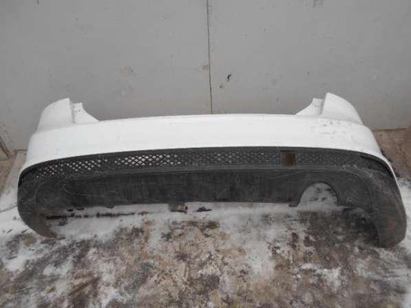 Задний бампер со спойлером на Ford Focus III хэтч 2011-2014
