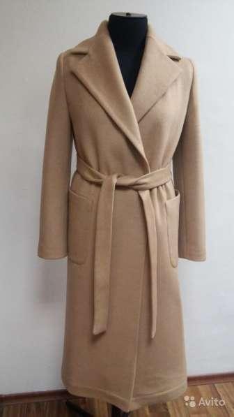 Пальто женское демисезонное бежевое