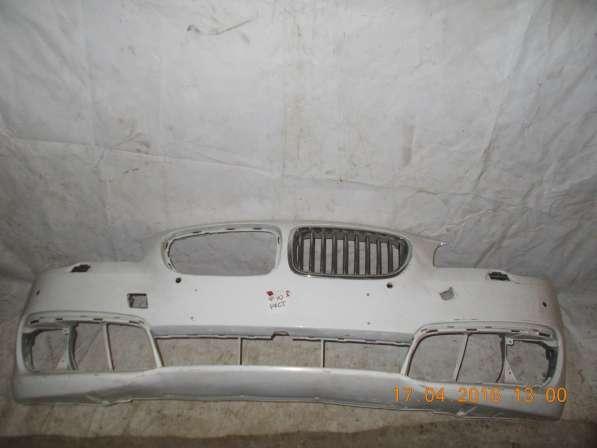Передний бампер на BMW 5er F10 б. у