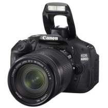 Продам цифровую камеру Canon 600d, в Омске