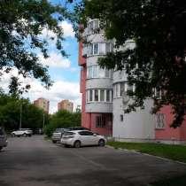 Продам 2-ку по факту 3-х комнатная квартира, Моск обл, Чехов, в Чехове