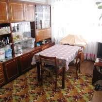 2 комн. квартира в отличном состоянии, участок, гараж, в Серпухове