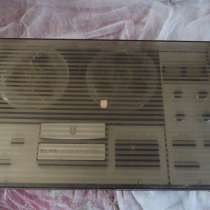 Катушечный магнитофон Эльфа 332 стерео, в г.Николаев