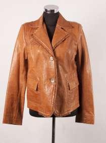 Красивый кожаный пиджак рыжего цвета, в г.Херсон