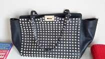 Продам сумку Valentino оригинальную, в Екатеринбурге