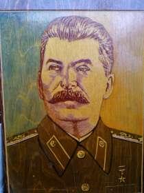 Портрет Сталина - резьба по дереву, 1 экземпляр в мире, в Иркутске