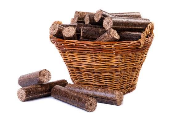Продаж брикету з деревини твердих порід дерева