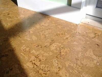 Укладка пробкового покрытия на пол
