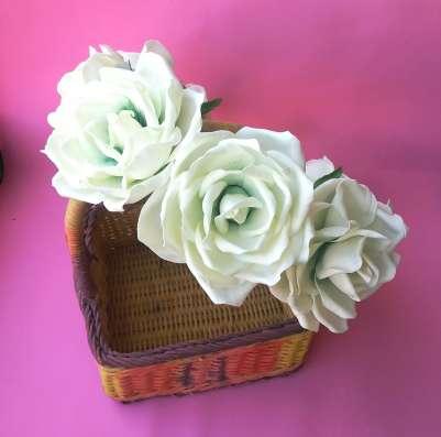 Венок на голову для фотосессий с белыми розами из фоамирана в Лыткарино Фото 1