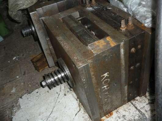 Пресс-формы для термопластавтомата