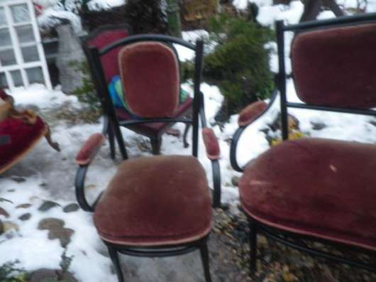 Старинный диван и два кресла в Москве Фото 4