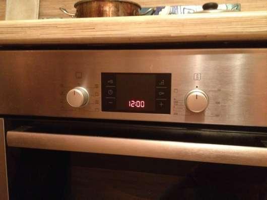 Электрическая духовка Bosch HBG33B530