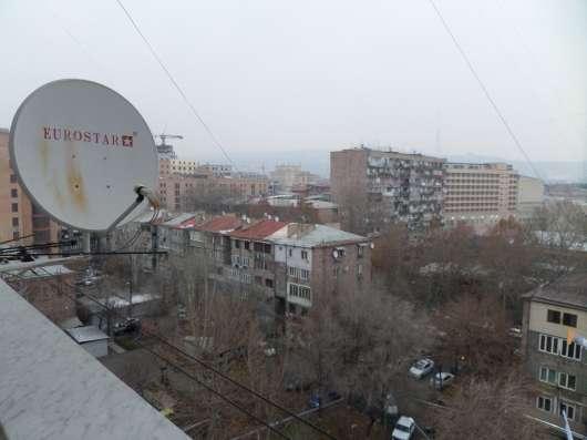 Yerevan, Centre, near Republik square&M. Mashtօts Ave