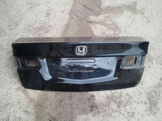 Honda Accord 7, 8,9 крышка багажника