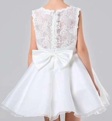 Детское белое, праздничное, нарядное платье с подъюбником