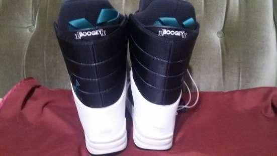 Продаются ботинки женские для сноуборда