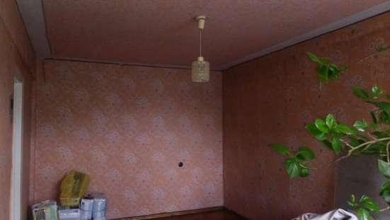 В Кропоткине по ул. Ворошилова 2-ком. квартира 48 кв. м. 4/5