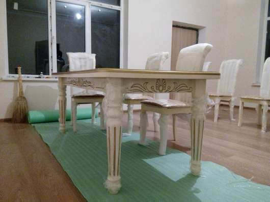 Столы и стулья из натурального дерева в Москве Фото 1