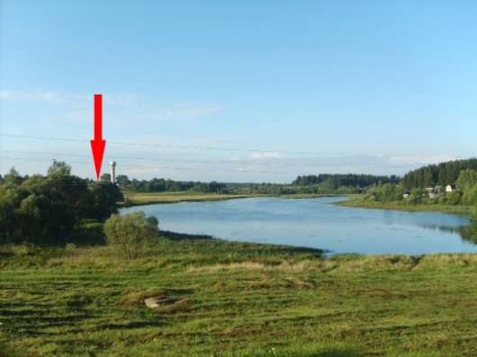 Продам жилой кирпично-щитовой дом на берегу озера