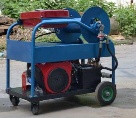 Апарат крот для прочистка канализации в г. Клуж-Напока Фото 1