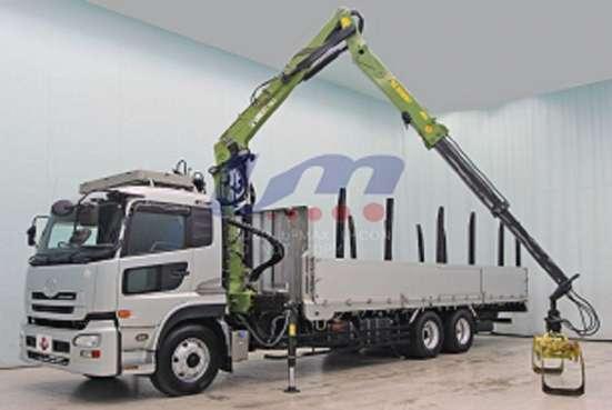Лесовоз сортиментовоз Nissan Truck с кран манипуляторной уст