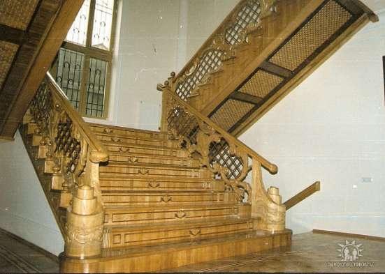 Изготовление лестниц и укладка паркет
