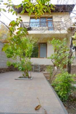 Cвой двухуровневый коттедж Люкс-класса в самом Центре в г. Севастополь Фото 1
