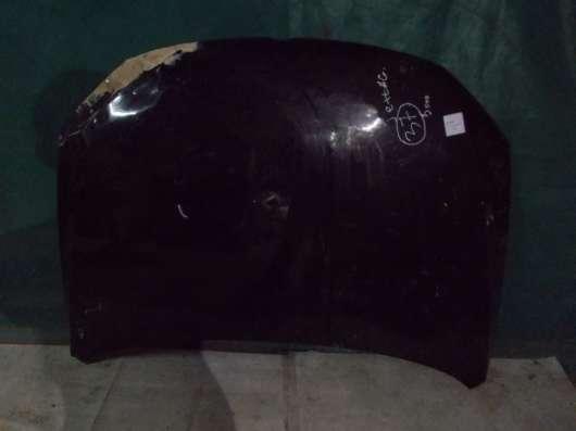 Черный капот с дефектом Volkswagen Jetta 6