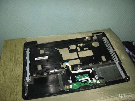 Панель с тачпадом от ноутбука Toshiba A300-27W в Москве Фото 3