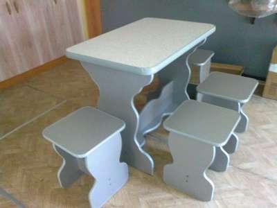 стол куханный