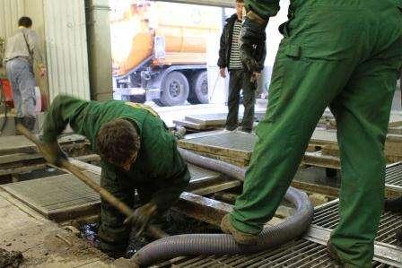Откачка автомобильных моек и буровых отходов в Новочеркасске Фото 2