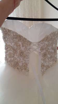 Продам НОВОЕ свадебное платье. Размер 42-44