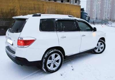 внедорожник Toyota Highlander, цена 1 250 000 руб.,в Москве Фото 2