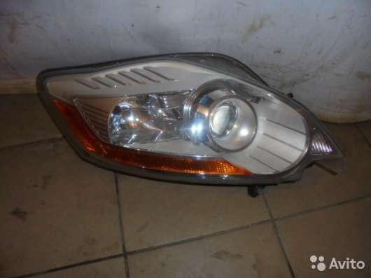 Фара Форд Куга 1 (Ford Kuga)