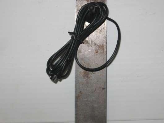 Антенна - мини на магнитной осное разъем для телевизора