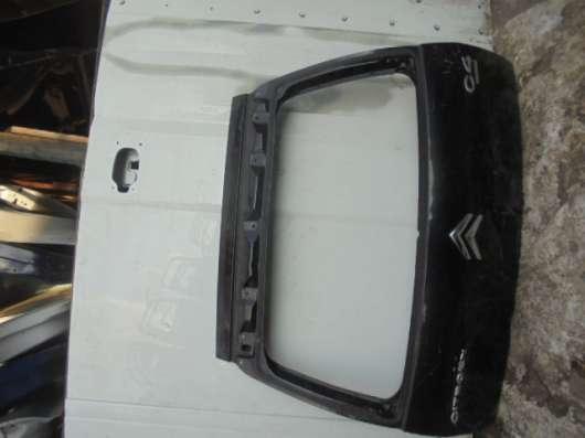 Задняя крышка багажника на С 4(Citroen)
